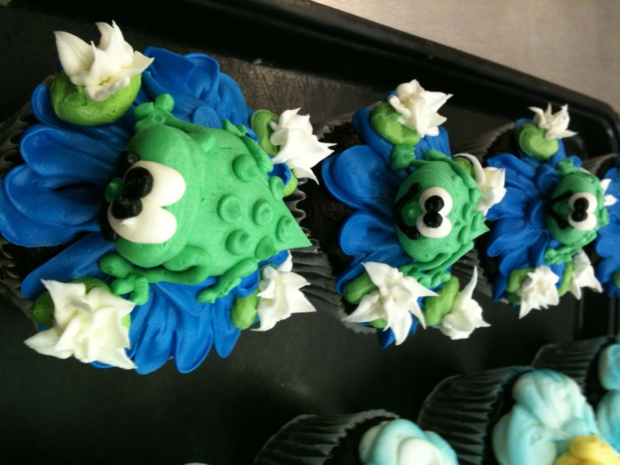 Frog Cuppycakes on Cake Central