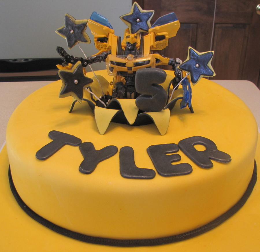 Bumble Bee Transformer on Cake Central