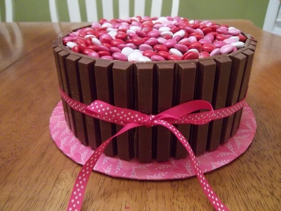 Valentines Kitkat Cake Cakecentral Com