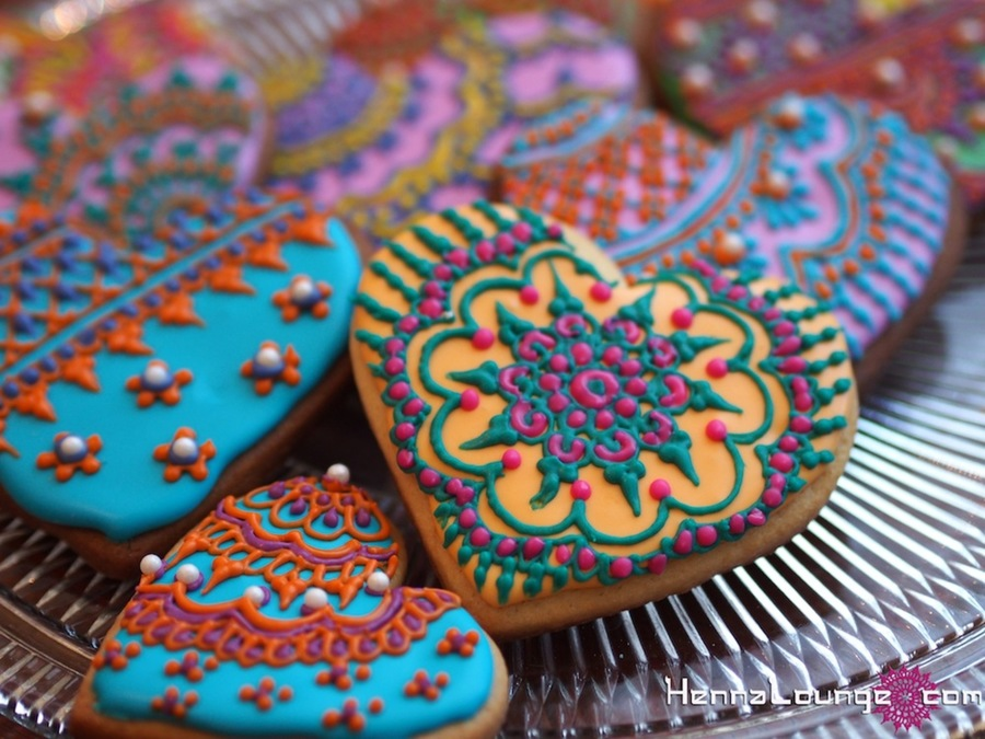 Mehndi Cake Recipe : Henna heart cookies cakecentral