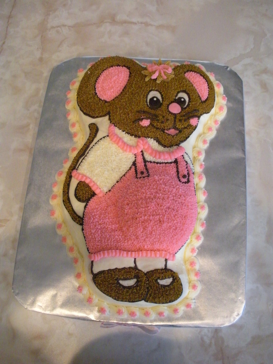 Pregnant Country Mouse. Birthday on Cake Central