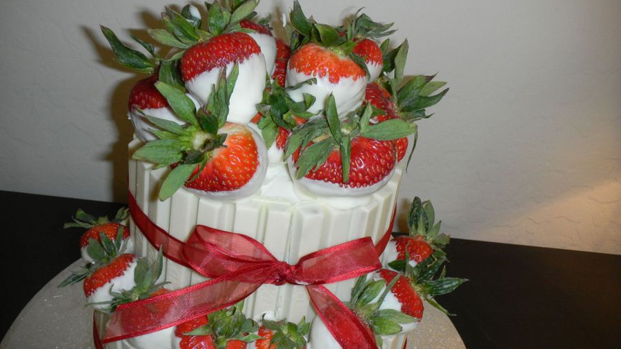 Kit Kat Strawberry Basket Cakecentral Com
