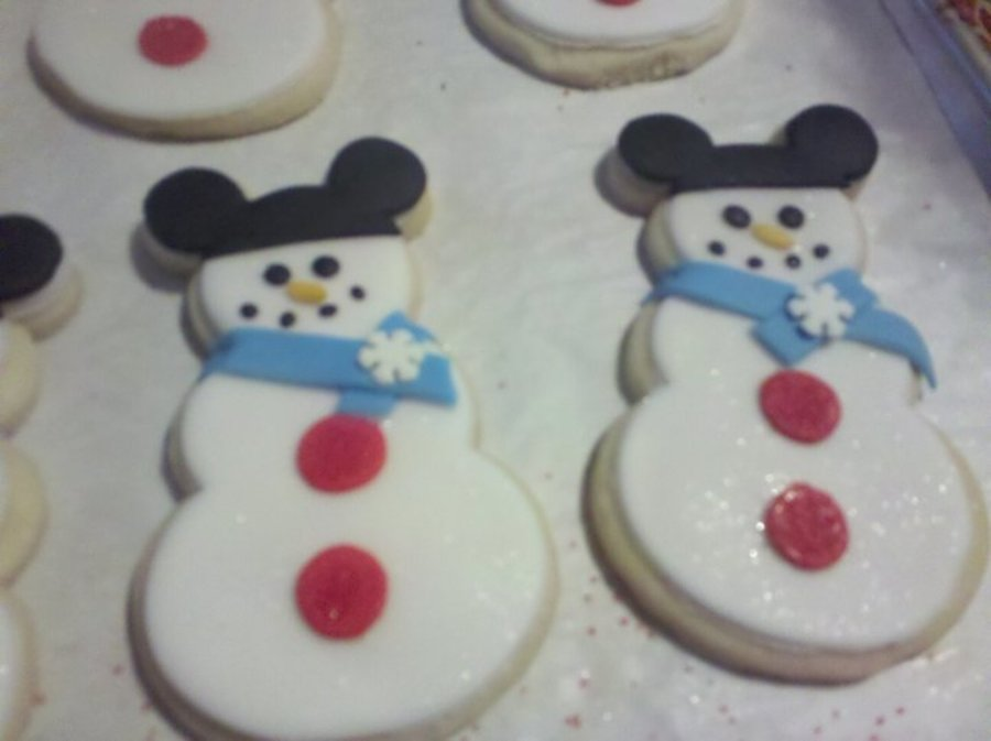 Mickey Mouse Hat Snowmen on Cake Central