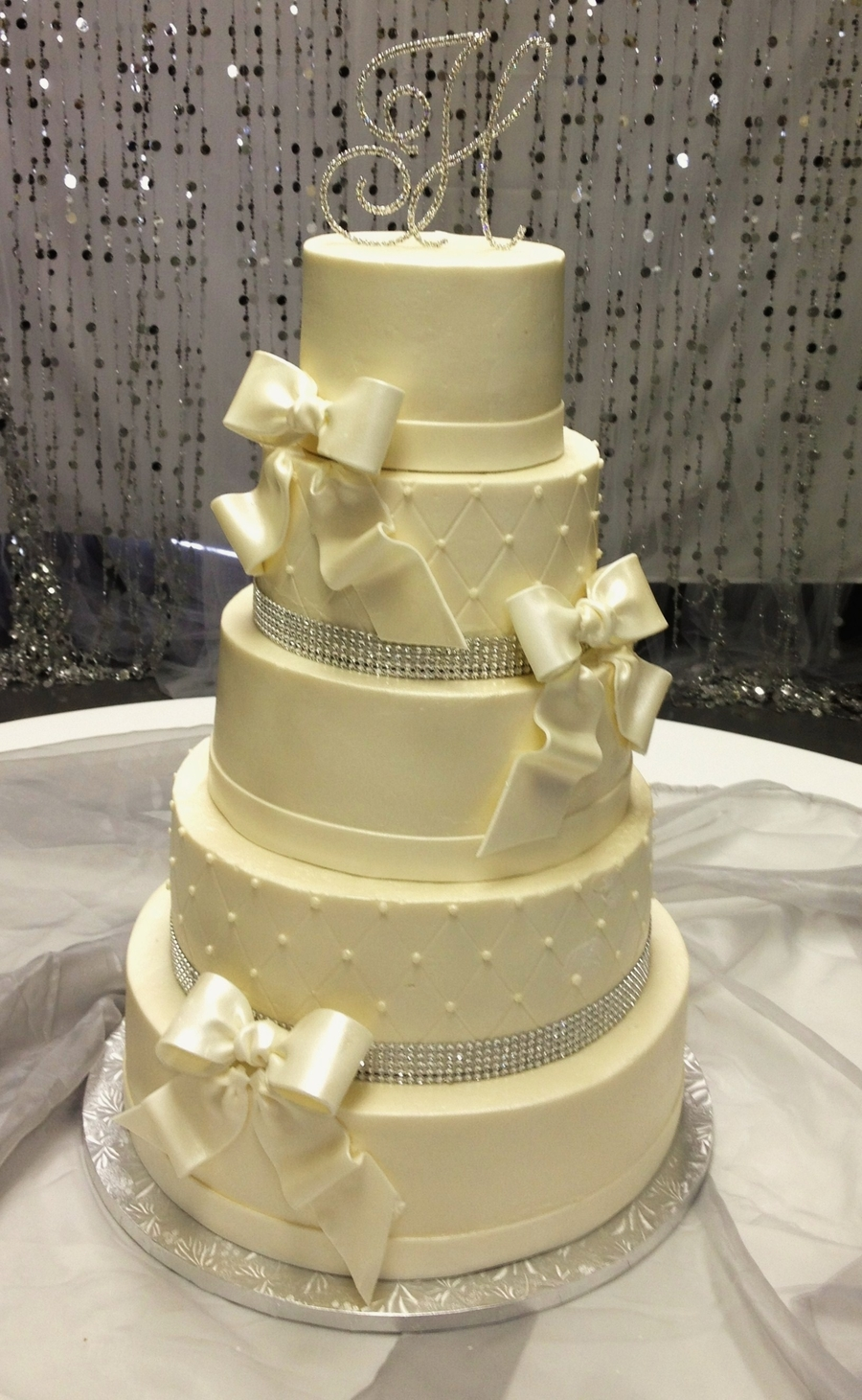 Bows And Bling on Cake Central