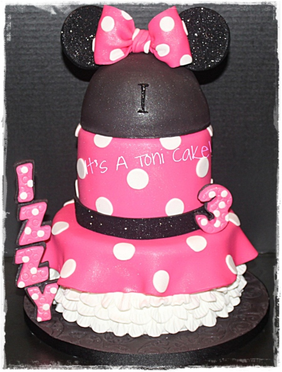 Minnie Mouse-Izzy  on Cake Central