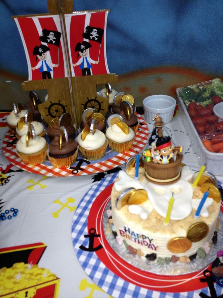 Pirate Birthday Cake Amp Cupcakes On Cake Central