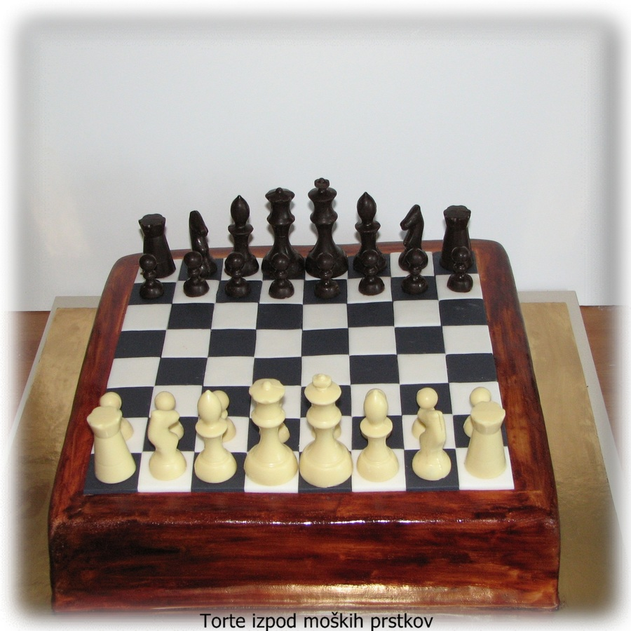 Chess on Cake Central