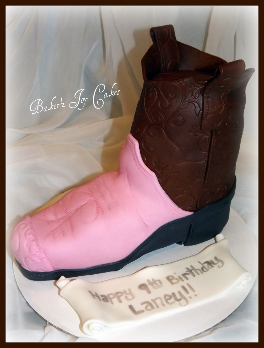 Cowgirl Boot on Cake Central