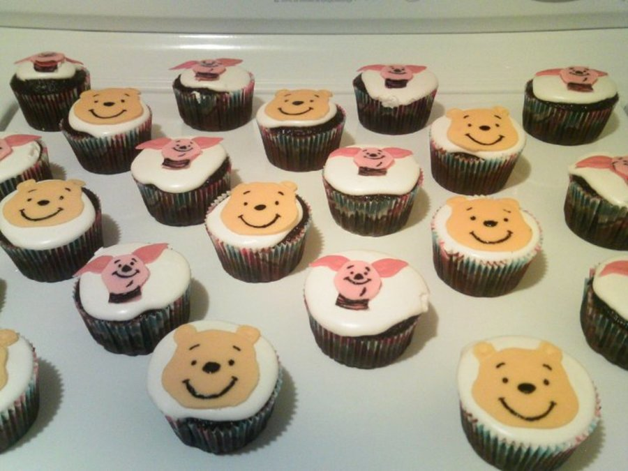 Winnie The Pooh And Piglet Cupcakes on Cake Central