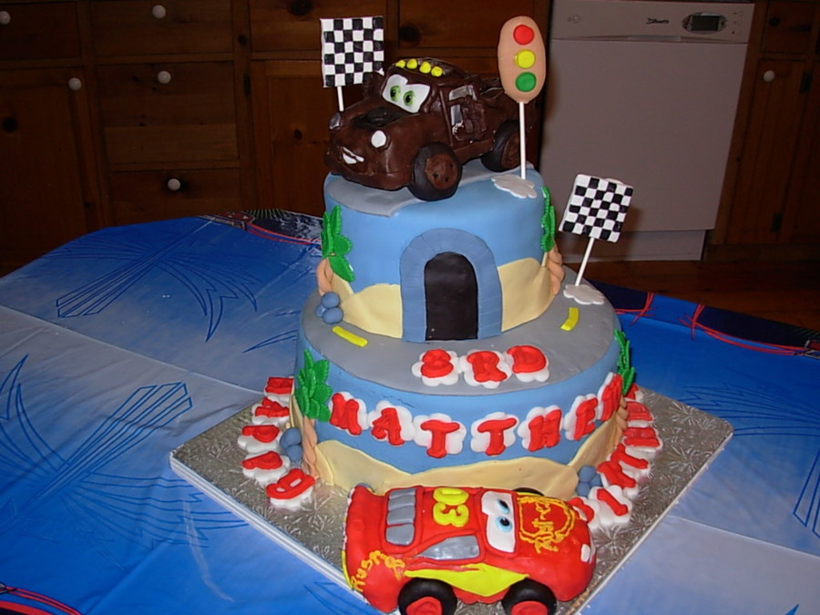 Remarkable Lightening Mcqueen And Mater Birthday Cake Cakecentral Com Funny Birthday Cards Online Alyptdamsfinfo