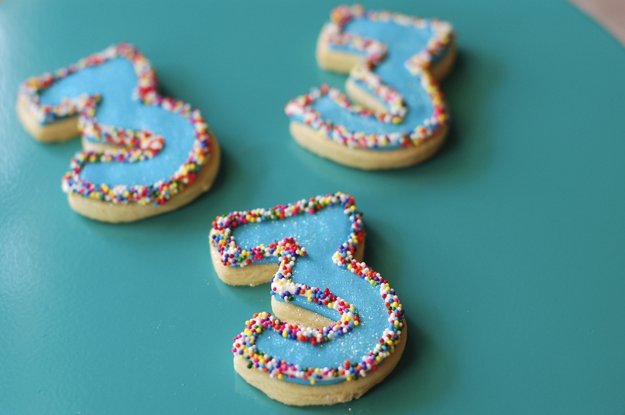 Turning Three Sprinkle Cookies on Cake Central
