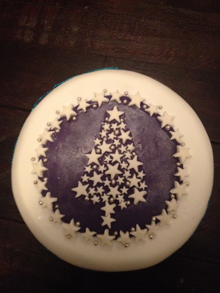 Christmas Tree Of Stars Cake on Cake Central