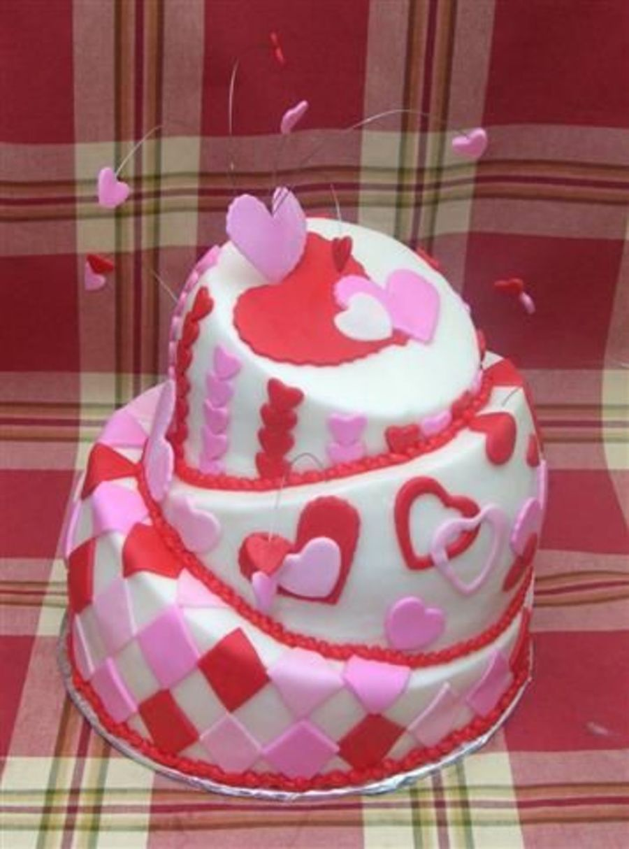 Heart Topsy Turvy on Cake Central
