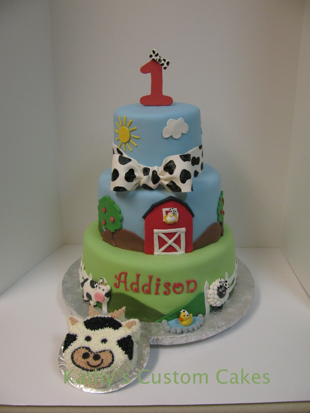 First Birthday Cake All The Little Animals Are Wearing Cow Print Bows Just Like Girl So Cute Last Detail Photo Shows