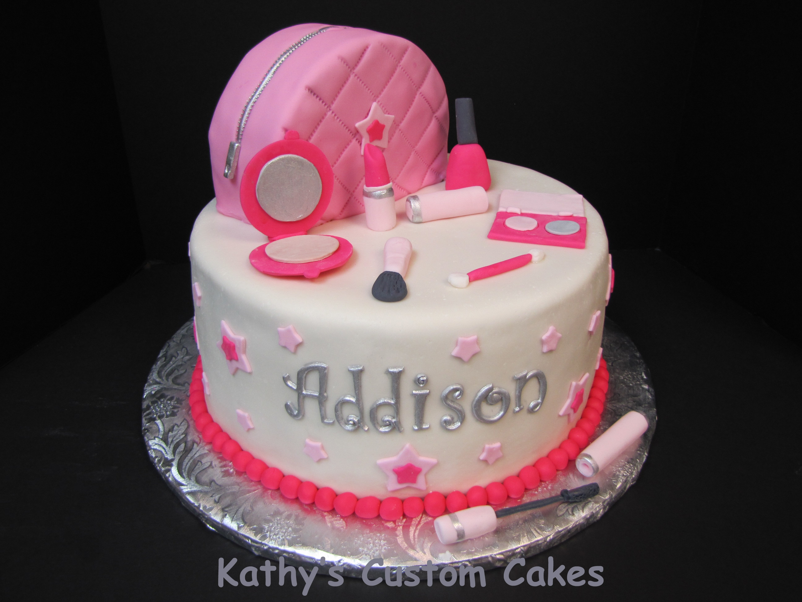Make Up Cake For A Little Girl All Fondant And Gumpaste