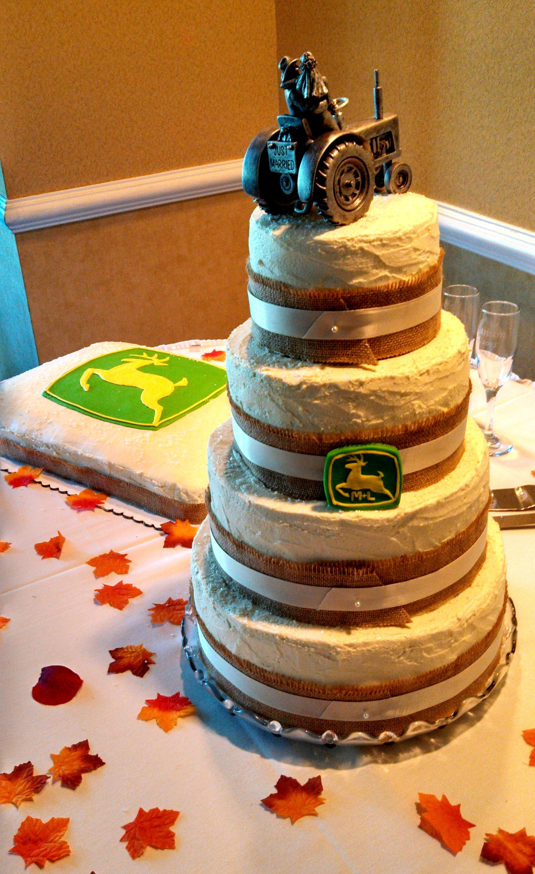 wedding cake grooms rustic 4 tier wedding cake and deere groom s cake 22790