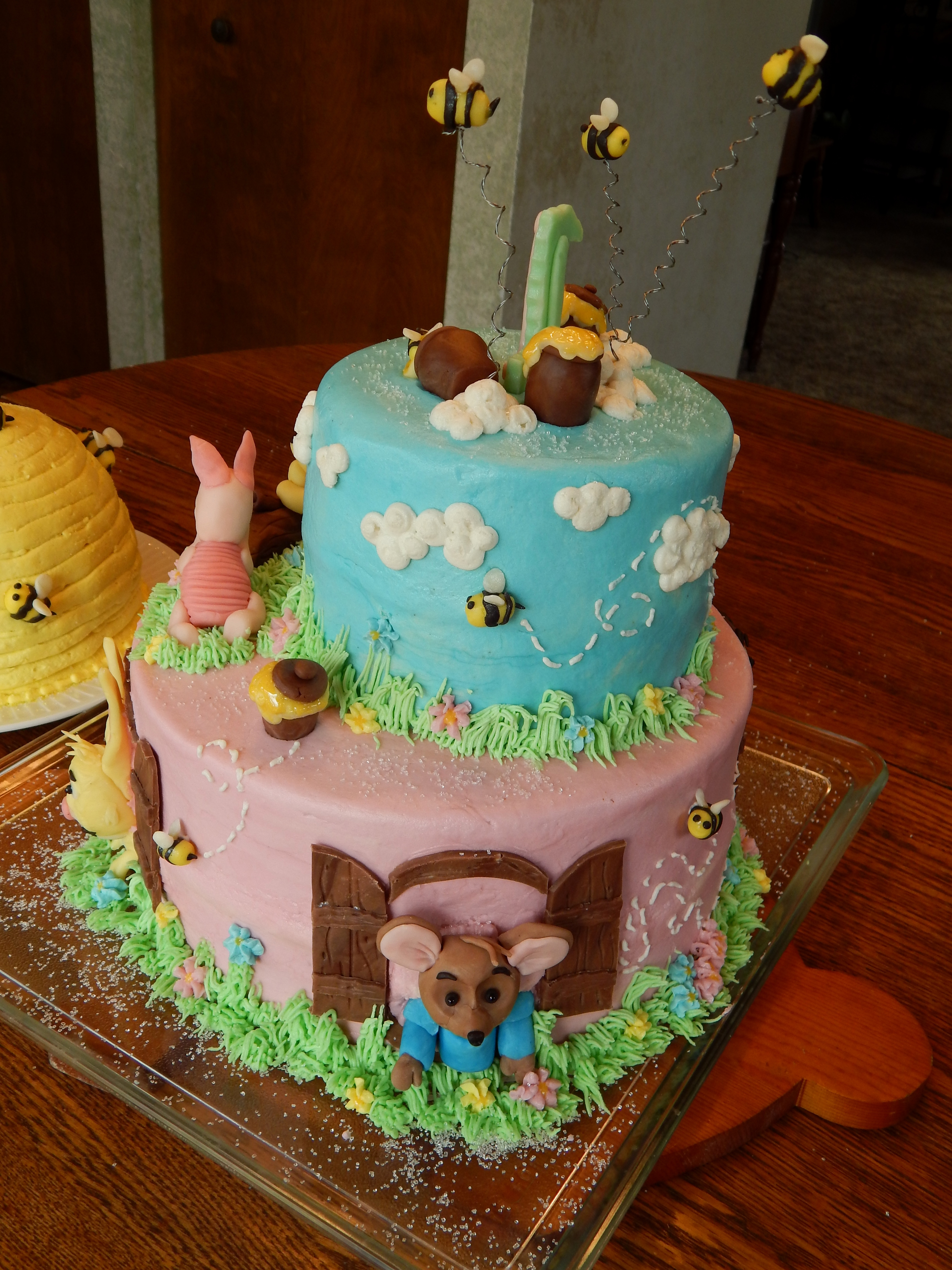 Winnie The Pooh Cake And Beehive Smash Cake Cakecentral Com
