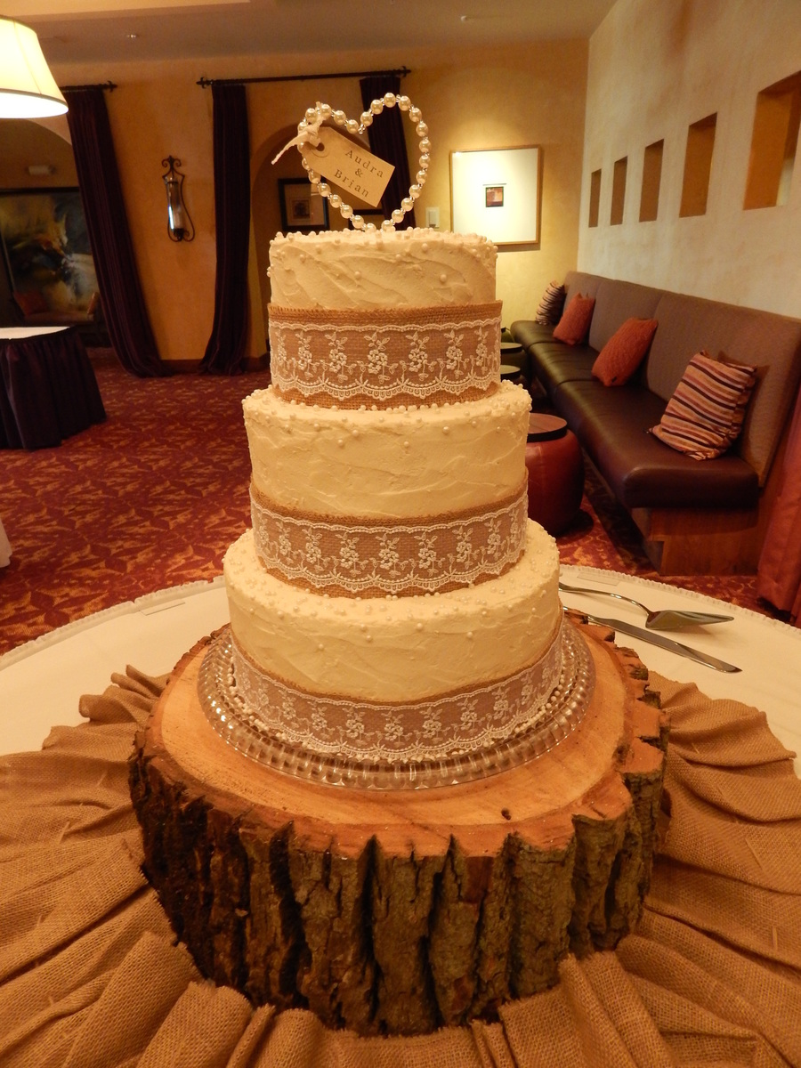 burlap and lace wedding cake burlap and lace 3 tier wedding cake cakecentral 12250