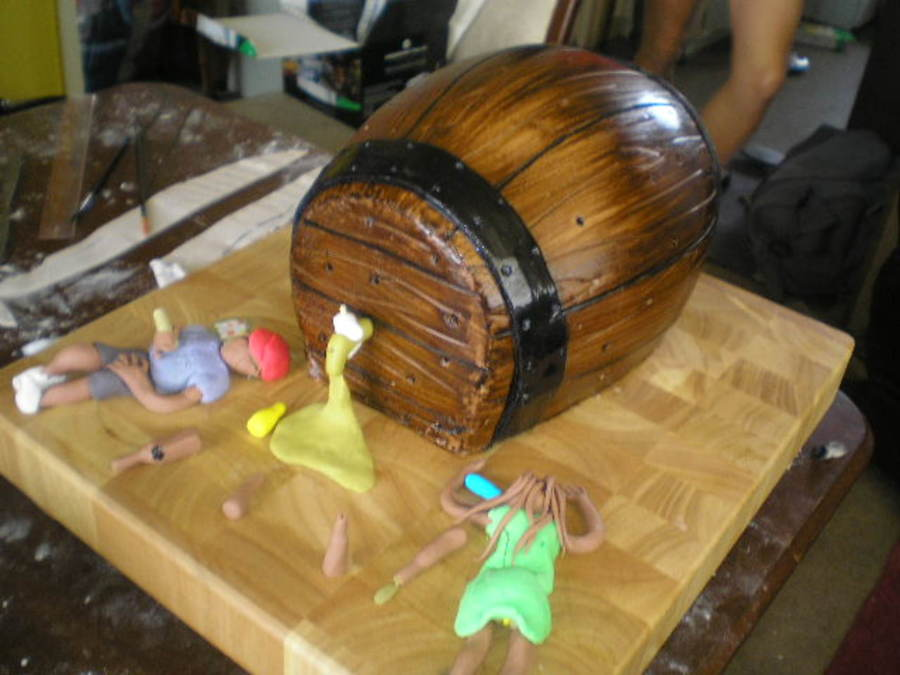 21St Birthday Beer Barrel on Cake Central