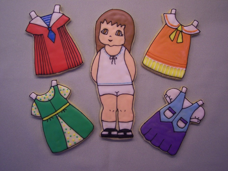 Paper Dolls  on Cake Central