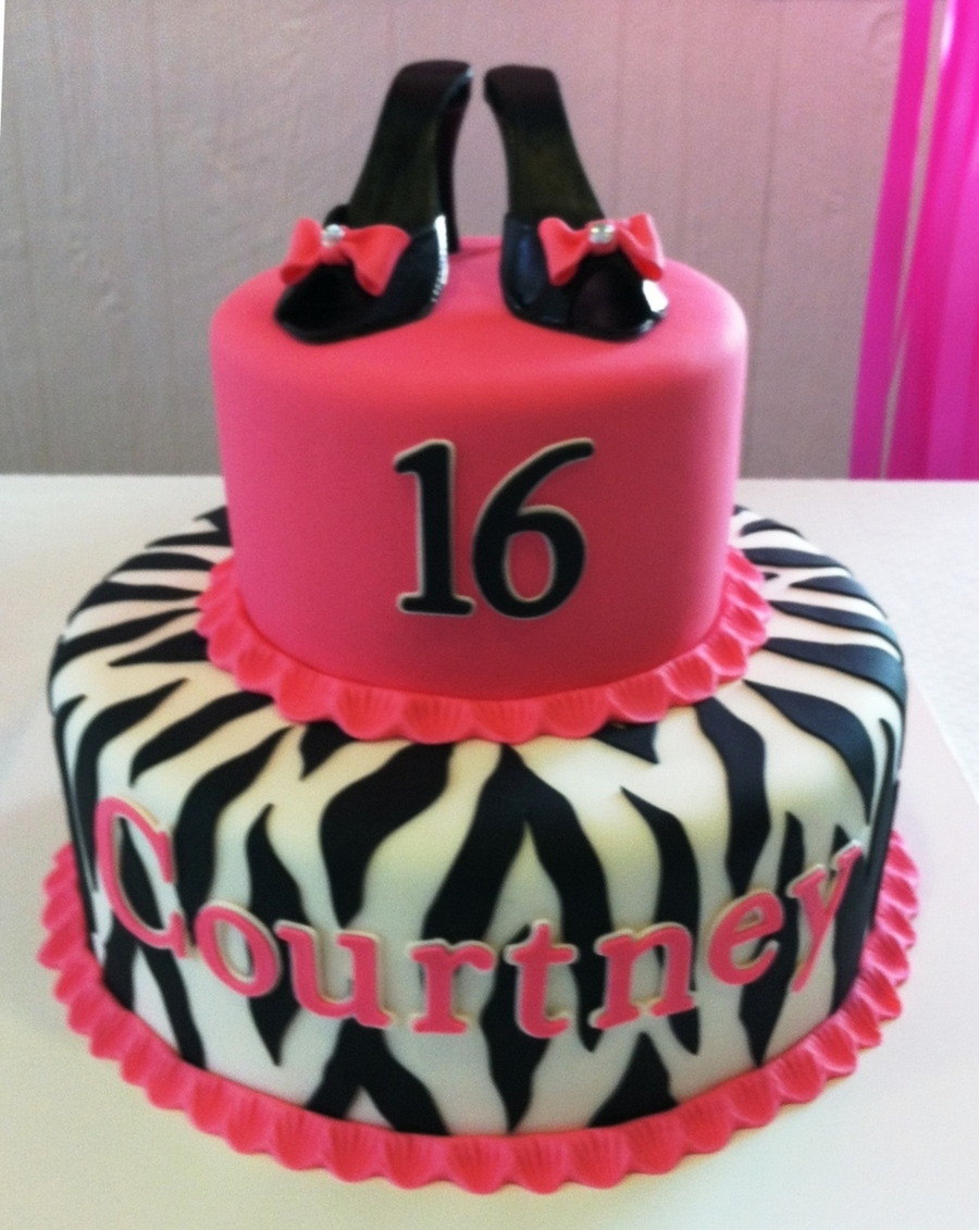 Courtney's Sweet Sixteen on Cake Central