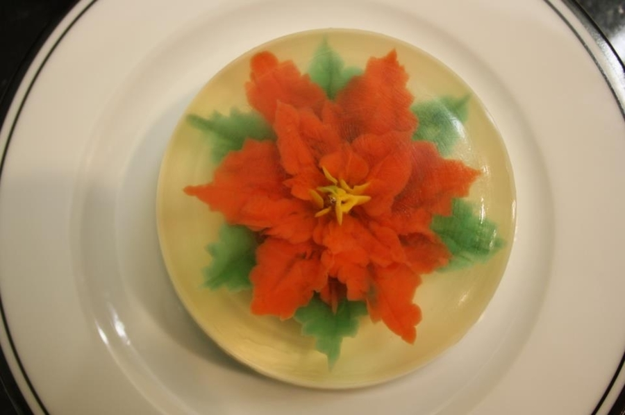 Fruiti Jiggle-Uti Gelatin Poinsettia on Cake Central