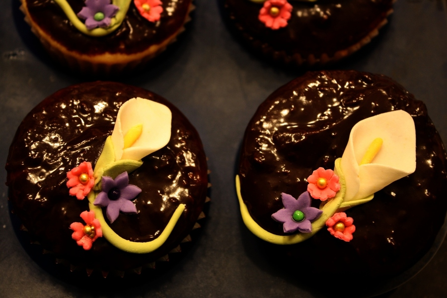 Baby Lily Cupcakes on Cake Central