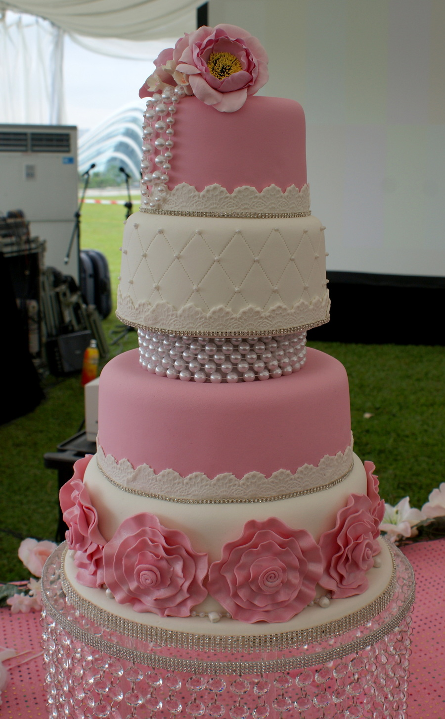 Fashionista Rosette on Cake Central