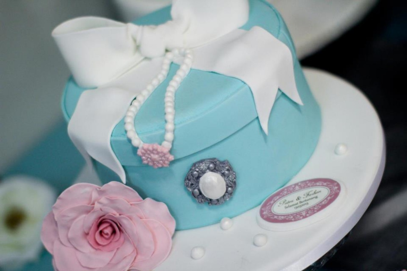 Tiffany Gift Box Cake on Cake Central