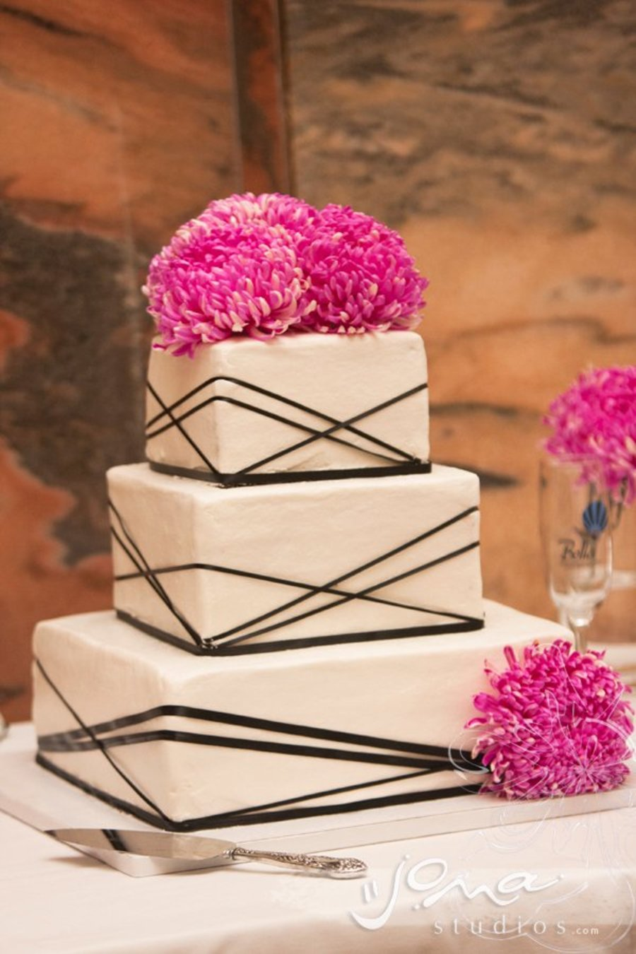 modern wedding cake pictures modern wedding cake cakecentral 17478