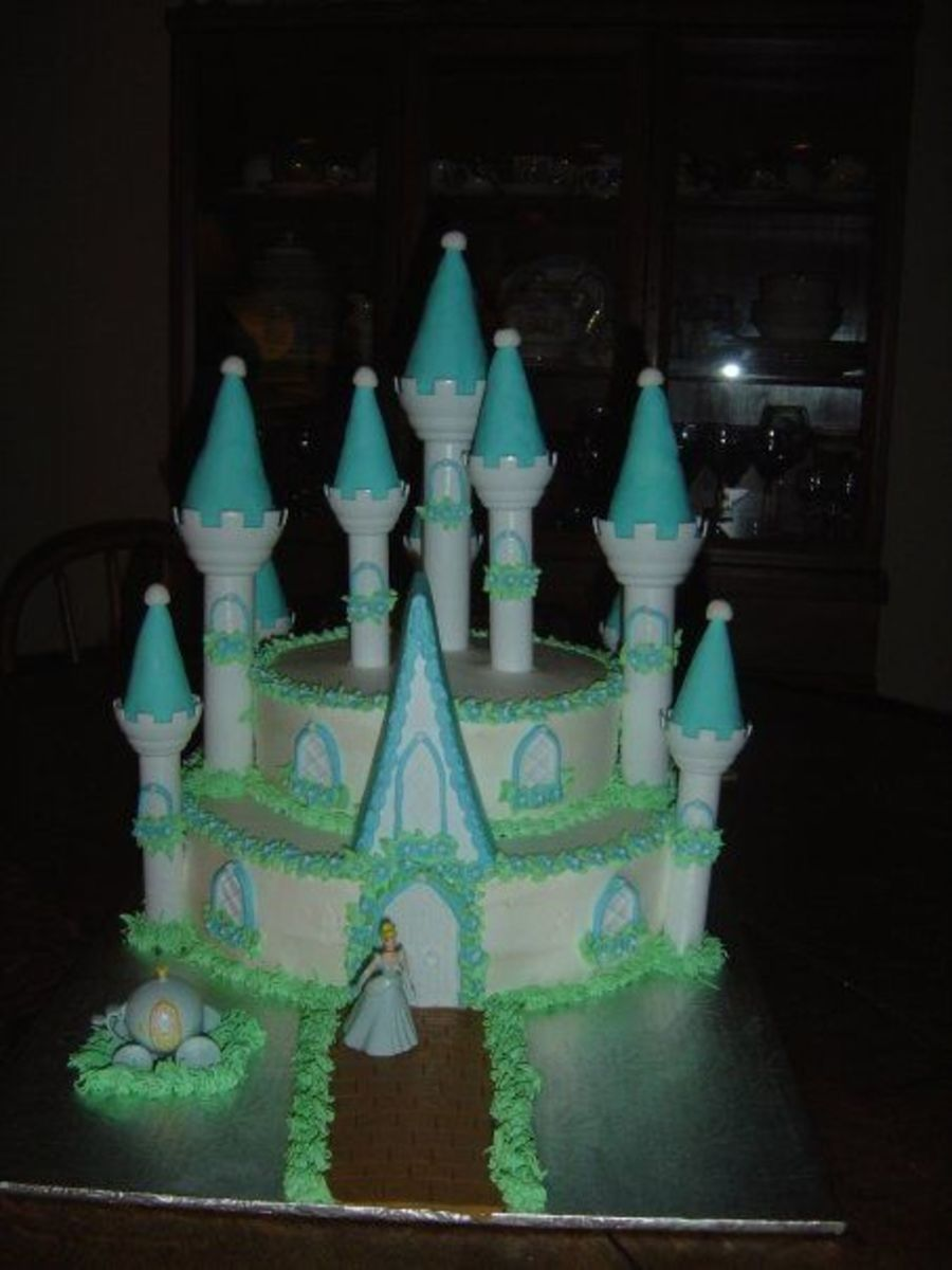Cinderella's Palace on Cake Central