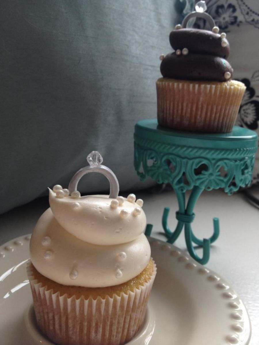 Engagement Party Diamond Ring Cupcakes Cakecentral Com