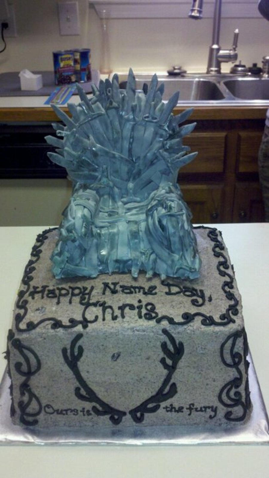 Game of thrones chair cake - Game Of Thrones Throne Cake On Cake Central
