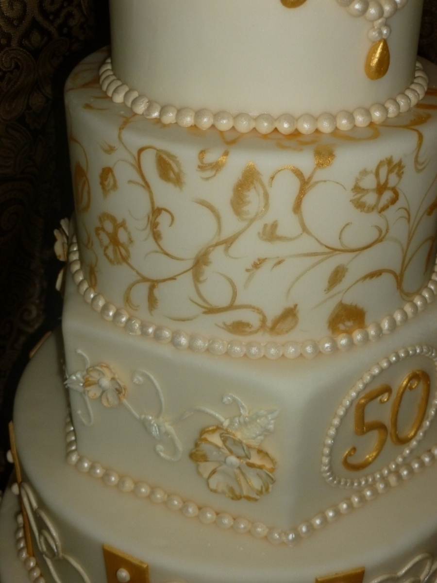 Cake Designs For Golden Wedding Anniversary : Golden Anniversary Cake - CakeCentral.com