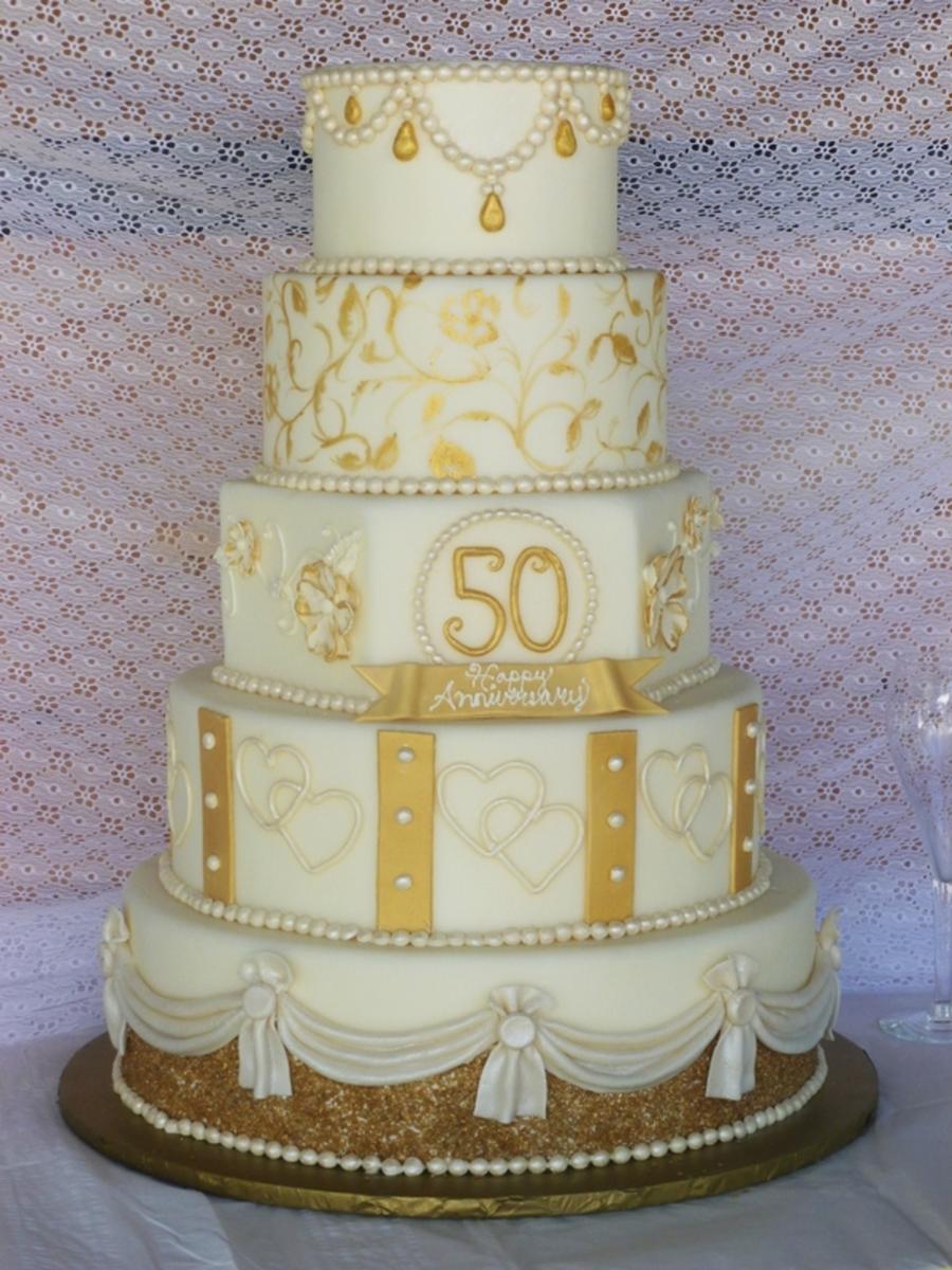 Cake Designs For Golden Wedding : Golden Anniversary Cake - CakeCentral.com