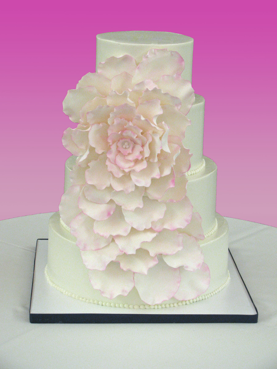 Large Flower Wedding Cake on Cake Central