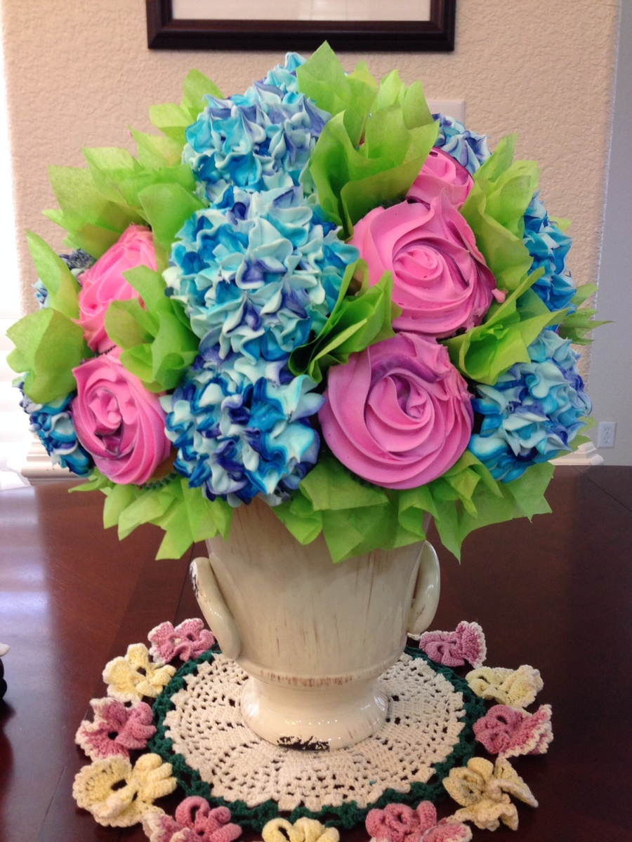 Flower Bouquet Mothers Day Cake