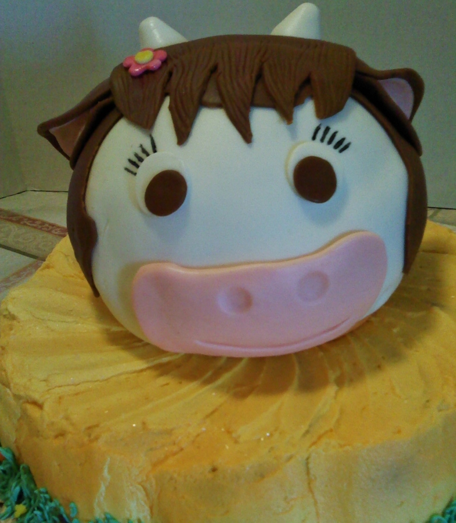 Elsie The Bordon Cow on Cake Central