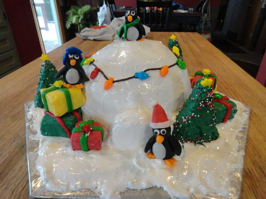 Christmas Igloo With Penguins Cakecentral Com