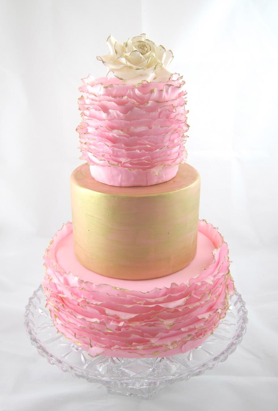 Dust Brush Cake