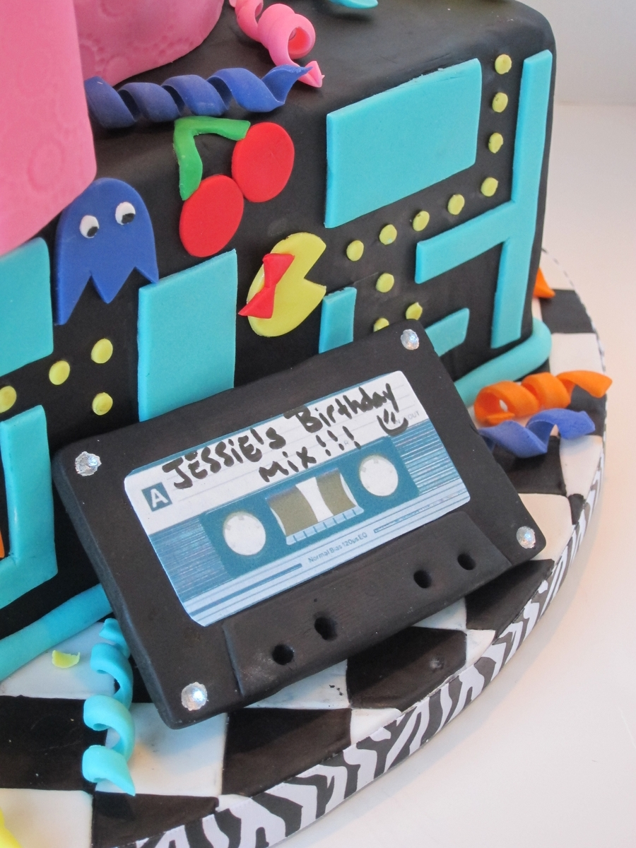 Awesome 80s birthday cake for Decoration 80 birthday