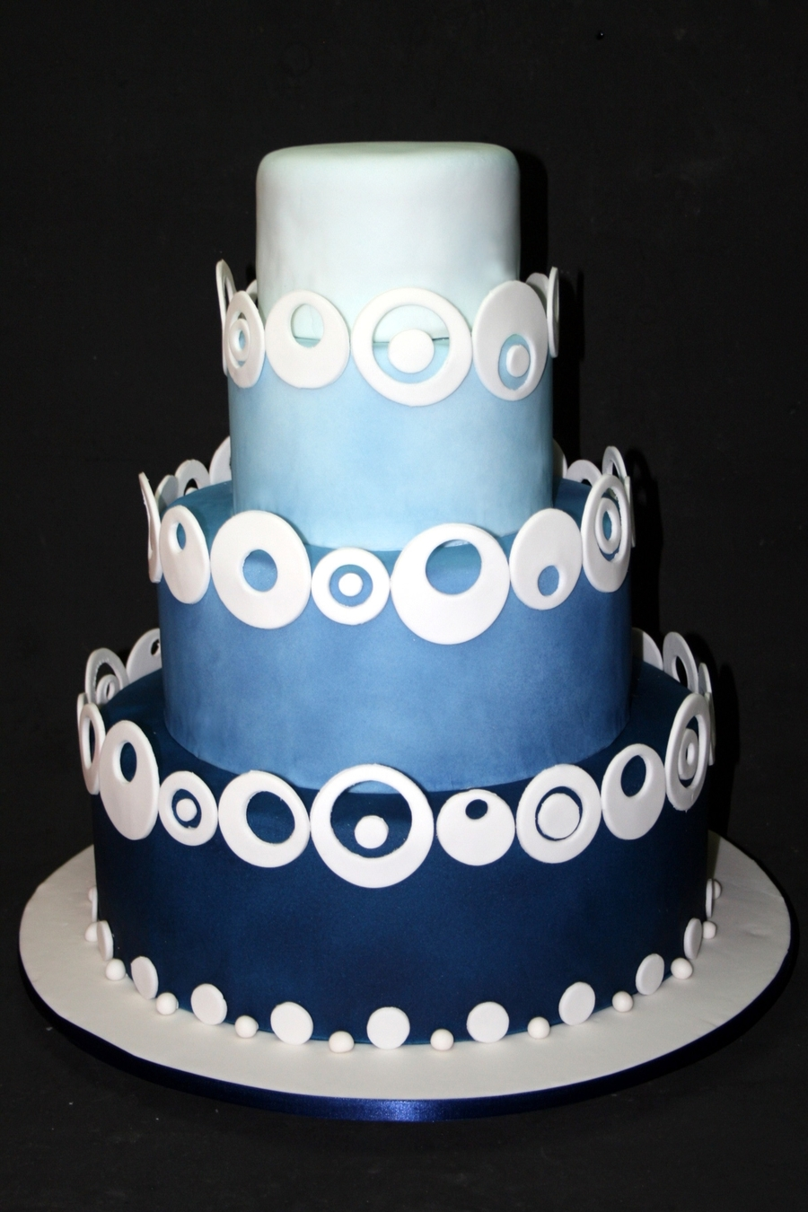 Degrade Azul on Cake Central