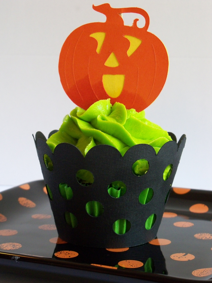 Halloween Cuppie on Cake Central