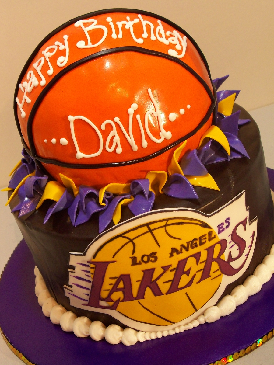 La Lakers on Cake Central