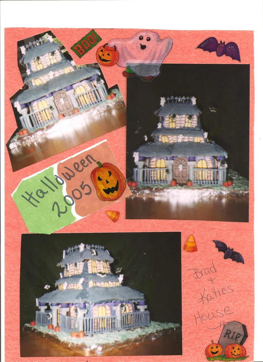 Halloween Haunted House  on Cake Central