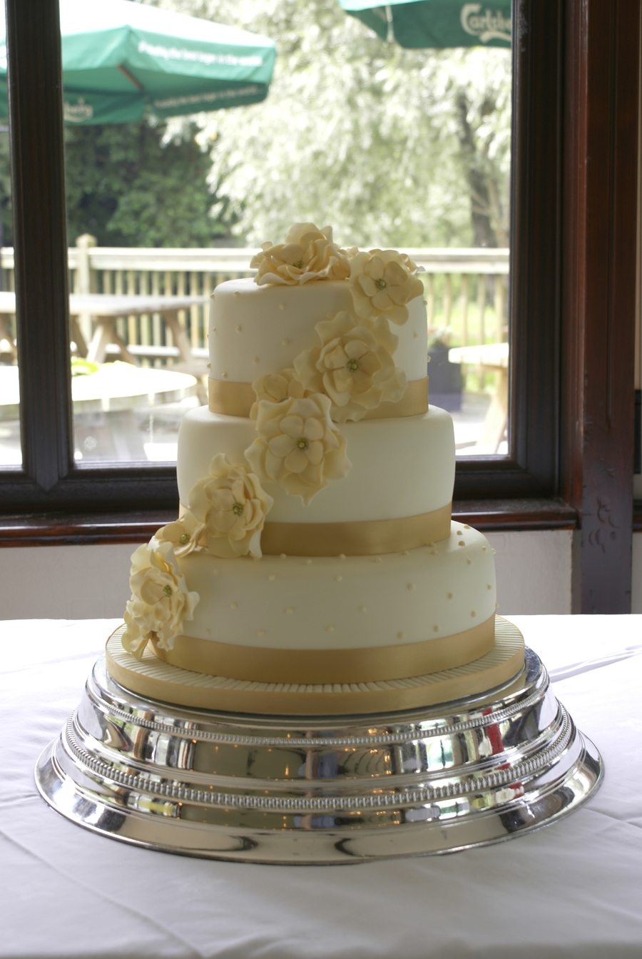 Gold And Ivory Wedding on Cake Central