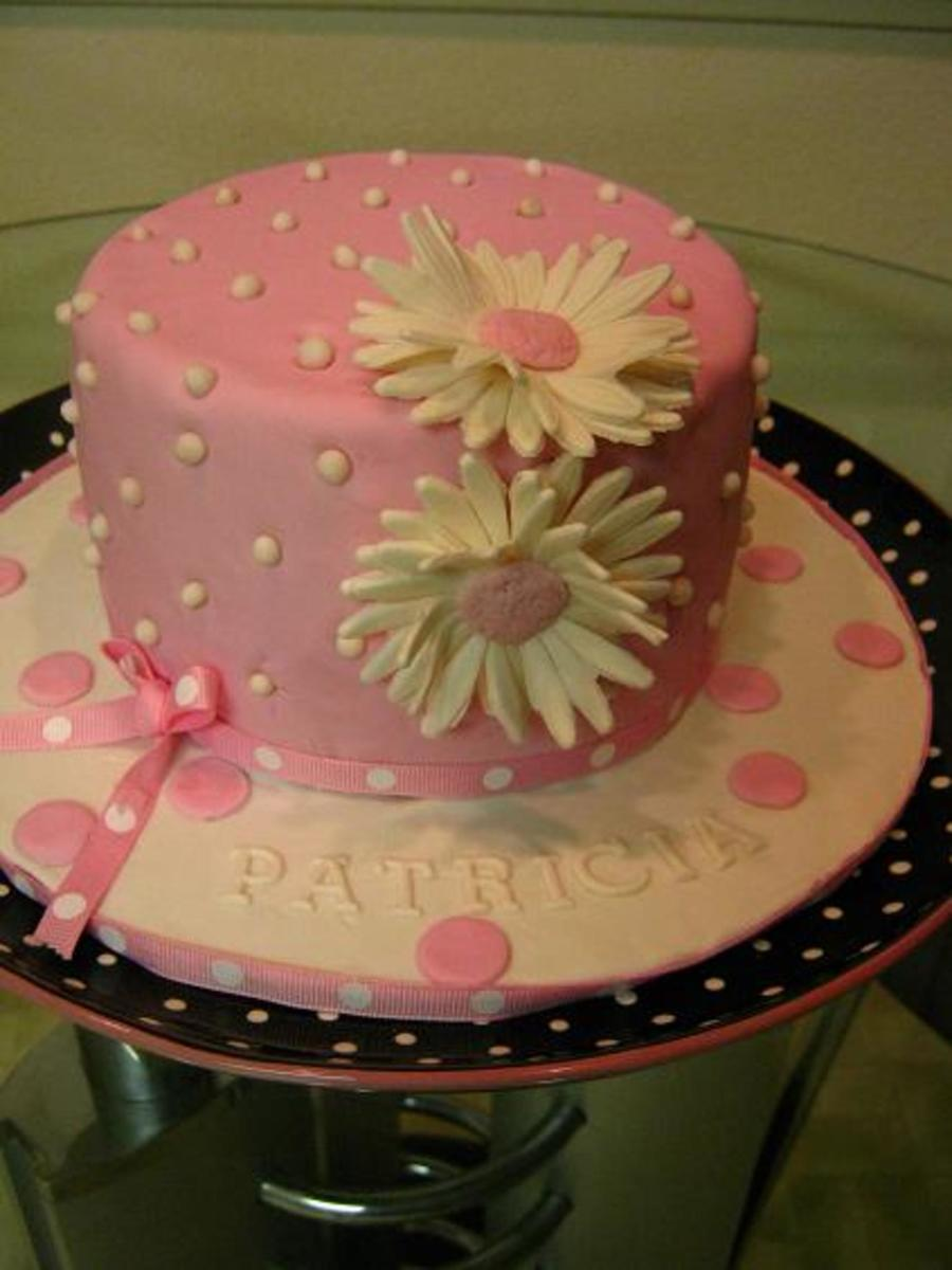 Cool Pink And White Daisy Birthday Cake Cakecentral Com Funny Birthday Cards Online Elaedamsfinfo