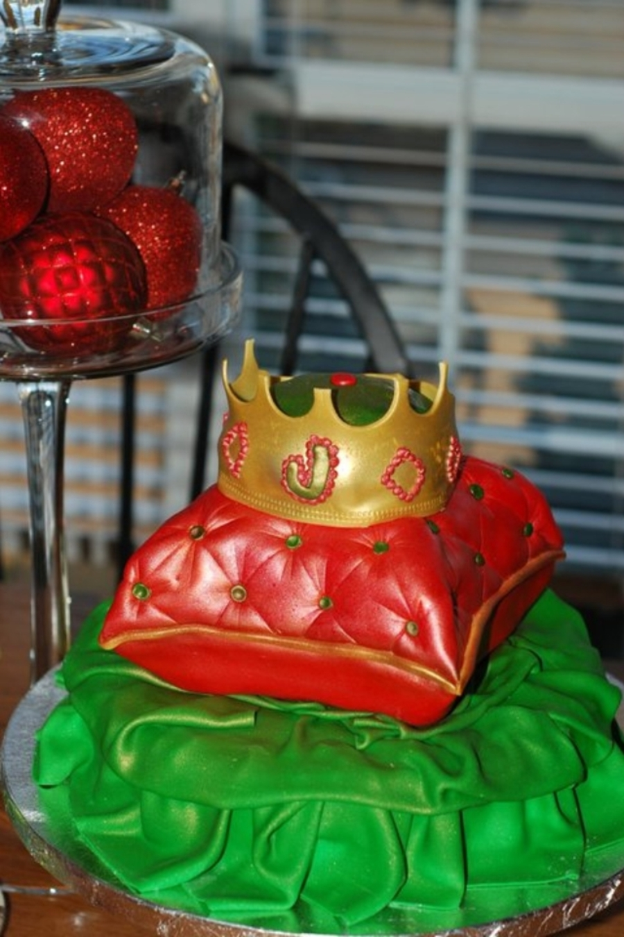 Christmas Prince First Birthday on Cake Central