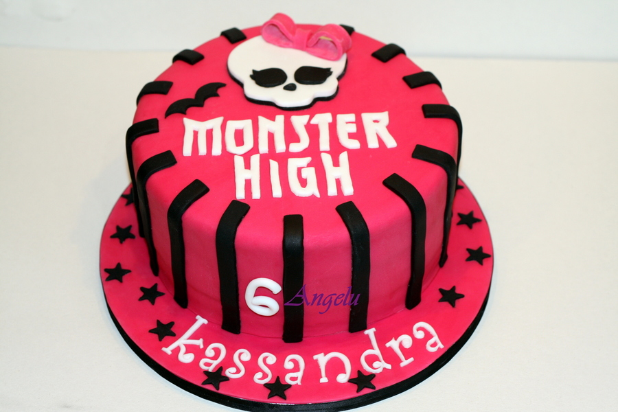 Monster High Cake on Cake Central