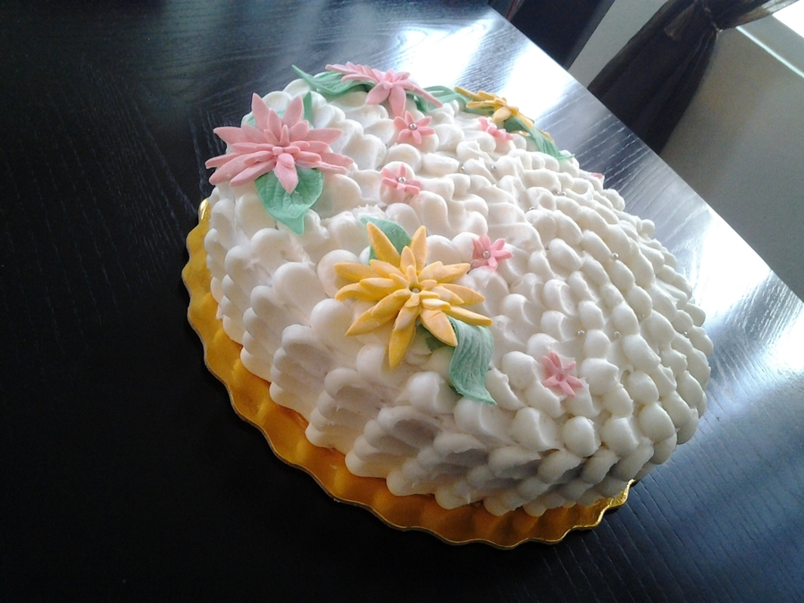 Petals And Flowers on Cake Central